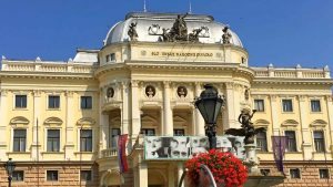 Piazza Hviezdoslav