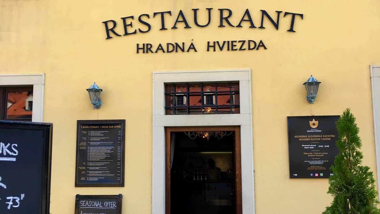 Hradná-Hviezda-ristorante-castello-bratislava