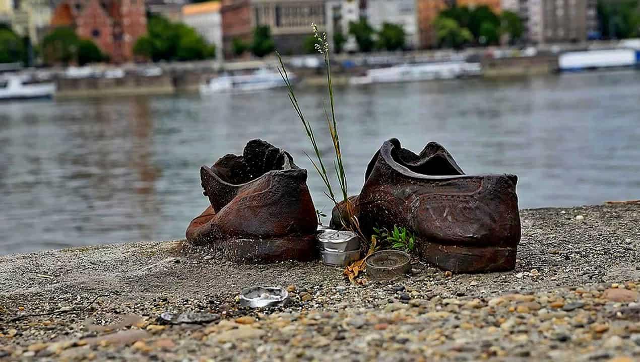 budapest-memoriale-olocausto