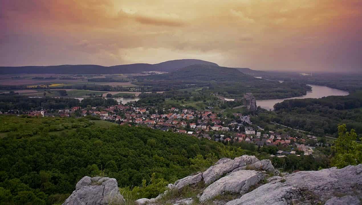 castello-devin-panorama